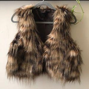 Steve Madden faux fur animal print vest